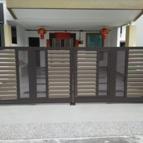 Stainless Steel Entrance Gate 11
