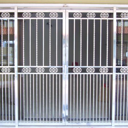 Stainless Steel Entrance Gate 09