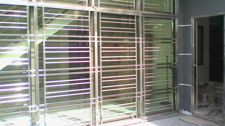 Steel Work / Grill Gate 05 & Steel Work / Grill Gate 05 | Door Steel Work | Grill Gate Supplier ...